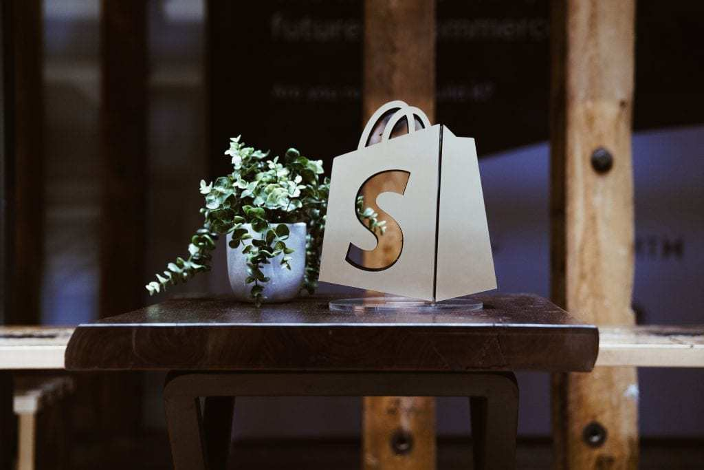Why Is Shopify Used For Dropshipping?